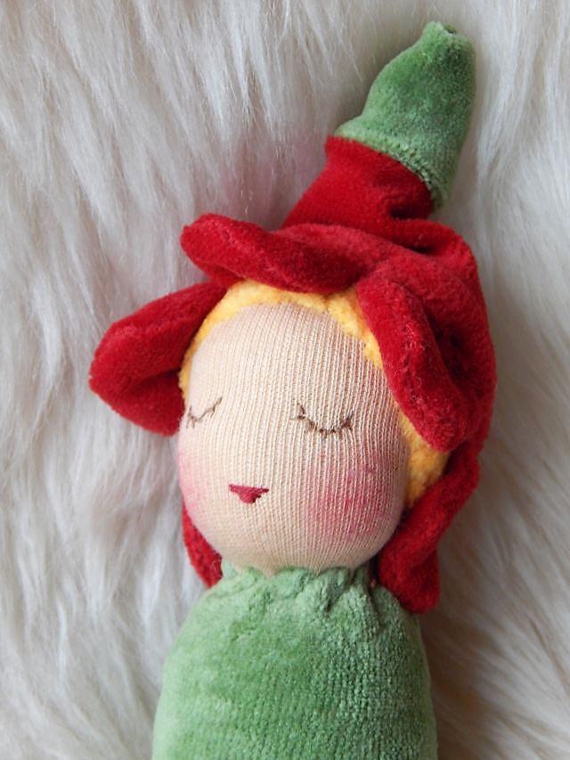 Primelchen-Greifling, handgemachter Greifling, Bio-Erstlingspuppe, erste Puppe, Puppe für Babies, Stoffpuppe nach Waldorfart, Bio-Stoffpuppe, süßeste Puppe der Welt, Puppenhandwerk, individuelle Puppe passend zum Kind, Nuckelpüppchen, Wunschpuppe,