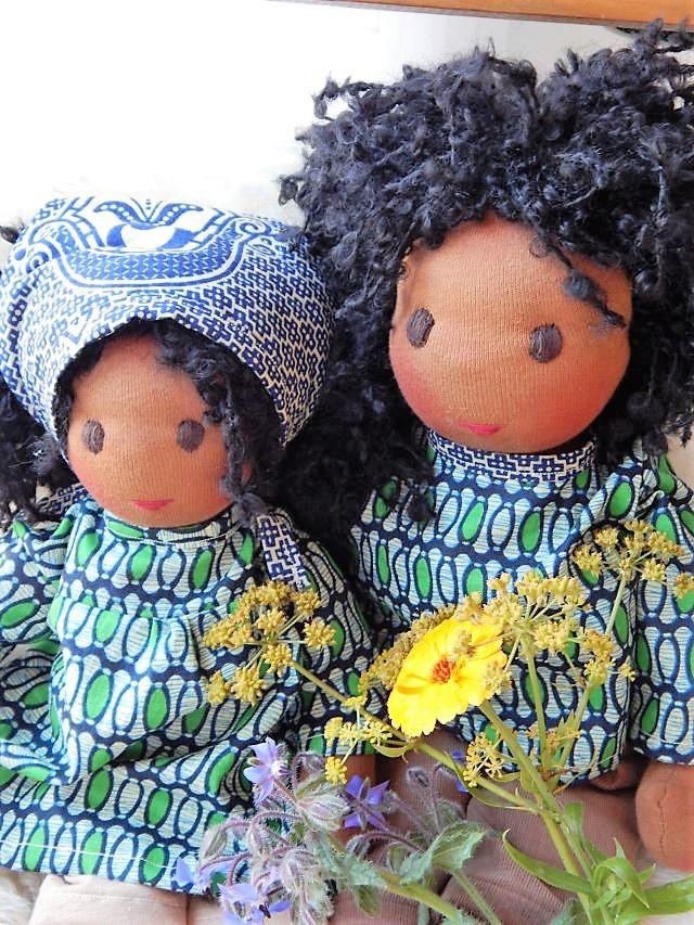 Bio-Stoffpuppe, afrikanische Puppe, dunkelhäutige Puppe, individuelle Puppe passend zum Kind, handgemachte Puppe, Puppenhandwerk, individuelle Puppe passend zum Kind, ökologische Kinderpuppe, Puppe nach Wunsch, Wunschpuppe, Waldorfart, Senegal