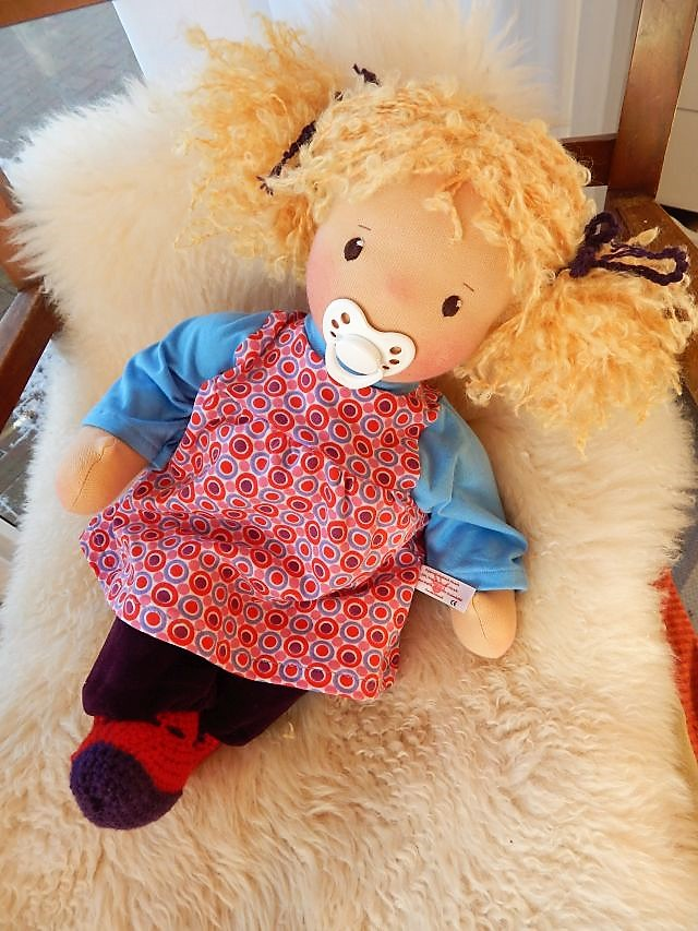 Bio-Stoffpuppe, Babypuppe, handgemachte Puppe, Waldorfart, individuelle Puppe passend zum Kind, ökologische Kinderpuppe, Puppe nach Wunsch, Wunschpuppe, Handarbeit, Puppenhandwerk, Puppenfreundin
