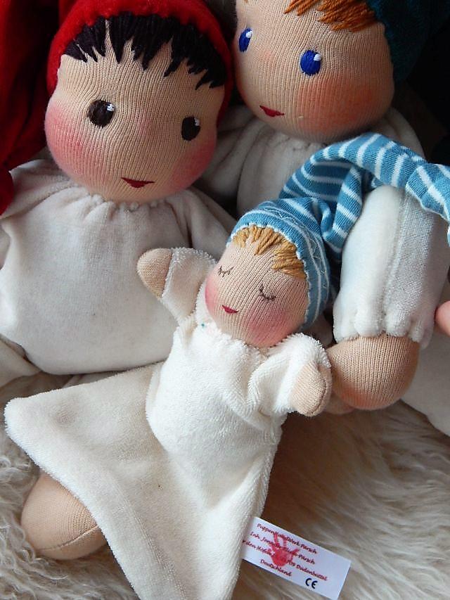 Nuckelpüppchen,Erstlingspuppe, Schmusepuppe, Kuschelpuppe, Begleitpuppe, erste Puppe, Schlamperle, Waldorfart, Bio-Stoffpuppe, handgemachte Puppe, individuelle Puppe passend zum Kind, Wunschpuppe, Puppe nach Wunsch, Greifling, ökologische Kinderpuppe