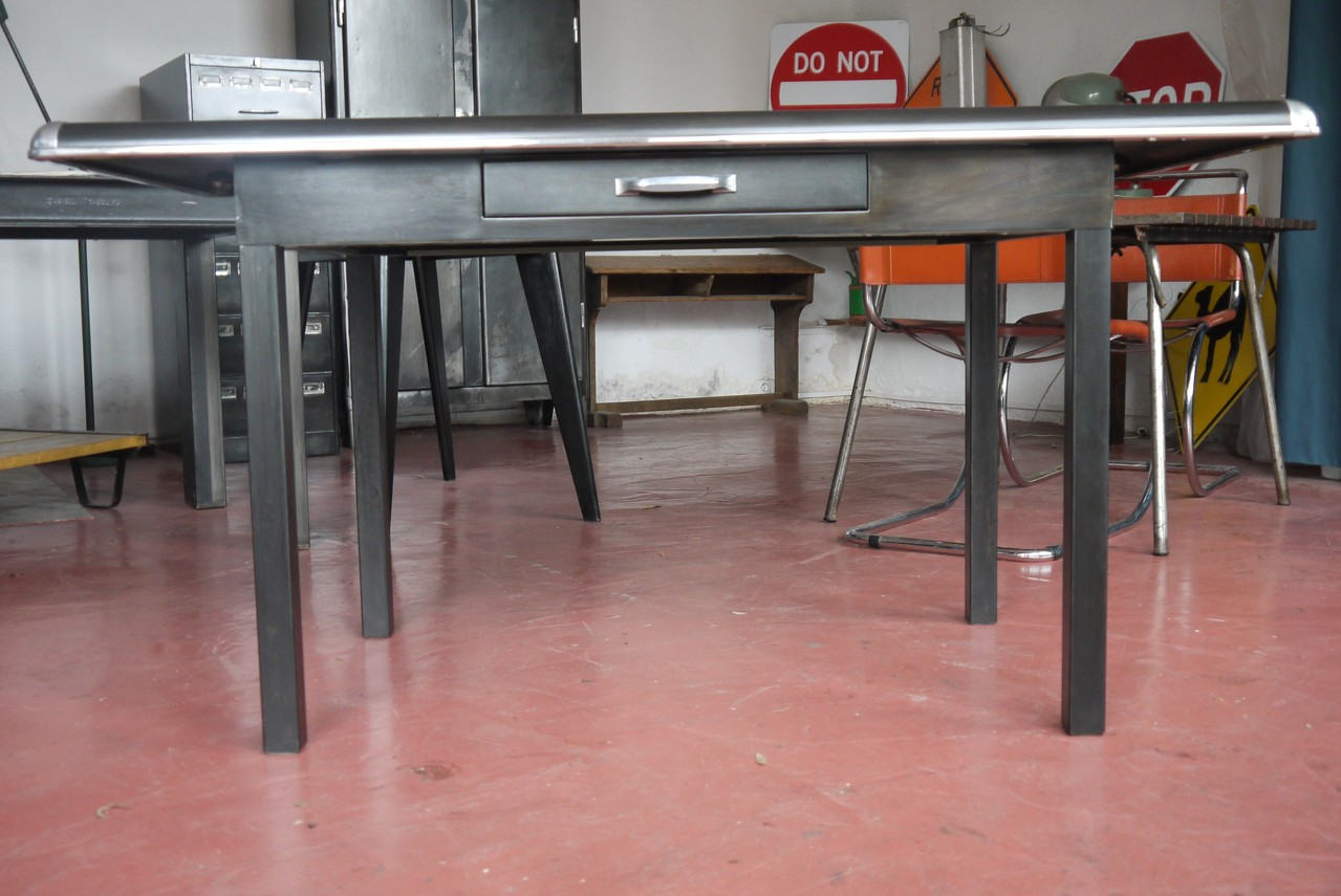 Bureau / Table ATAL Industrielle 1961 Coins Chromés