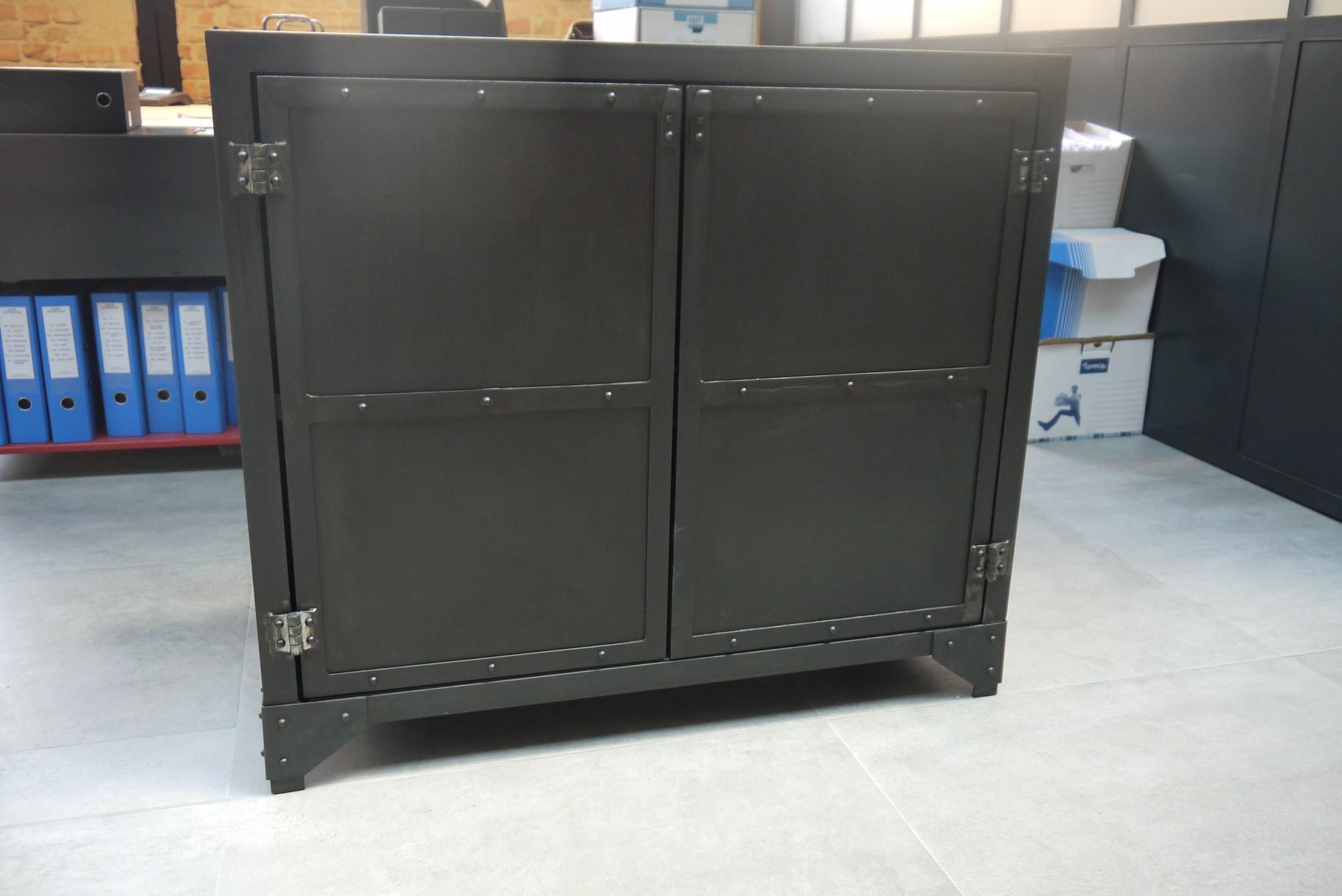 buffet enfilade console atelier vintage mobilier industriel lyon. Black Bedroom Furniture Sets. Home Design Ideas