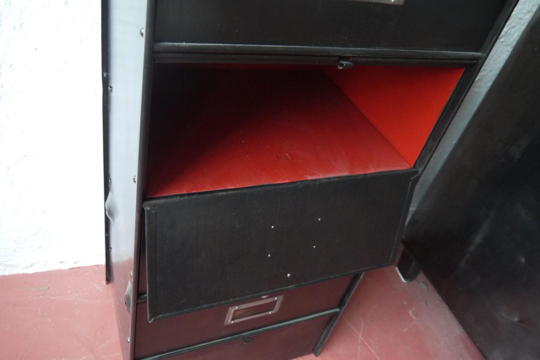 Meuble clapet atelier vintage mobilier industriel lyon - Meuble a clapet industriel ...