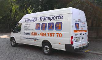 Fahrzeugbeschriftung mit Digitaldruck und Folienplots