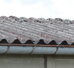Toitures amiante pr vention amiante - Pose plaque fibro ciment ...