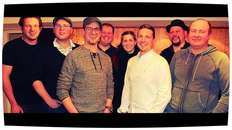 Besetzung 2018 (v.l.n.r.): Martin Fuchs (bass), Stefan Schalanda (trumpet), Klaus Bahr(guitar/vocals), Helmuth Welther (drums),                 Illa B. Henig (vocals), Dirk Michelsen (keys), Tino Kress (vocals), Eddi Prost (sax)