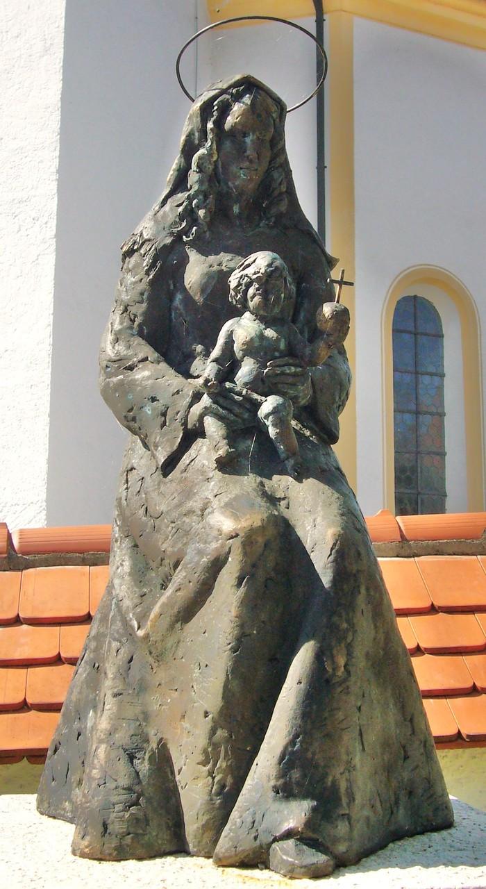 Bronzefigur für bereits bestehenden Dorfbrunnen in Riegsee