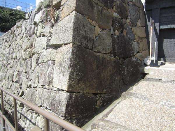 石棺の石積