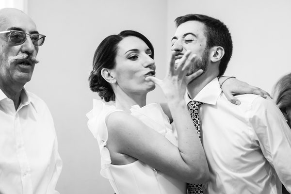 La sposa scherza col fratello
