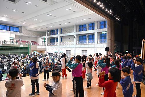 光HAPPYマルシェ (光市 大和総合公園)  2018