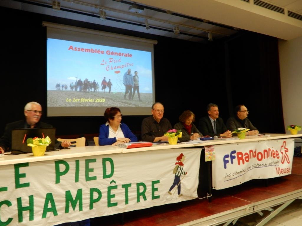 Le bureau et le Maire de Vaucouleurs et le vice-président de la CODECOM