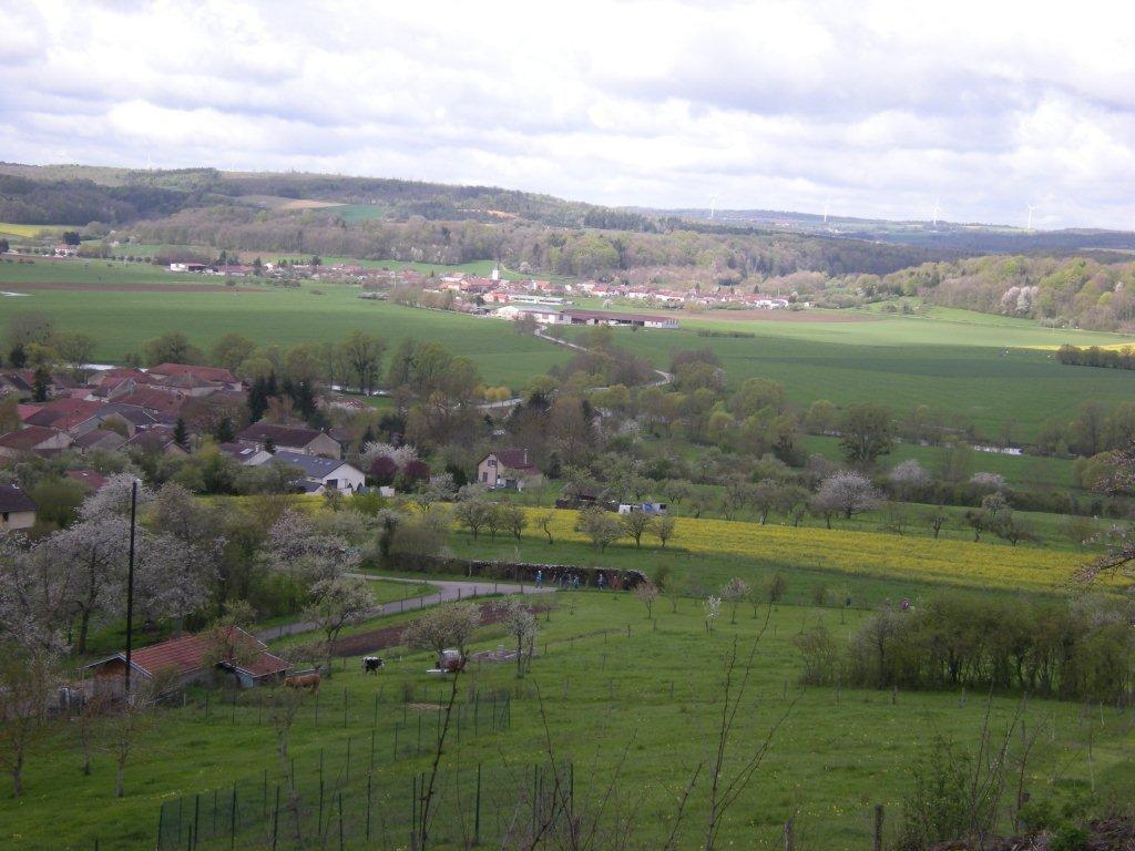 Maxey-sur-Meuse et Greux au loin