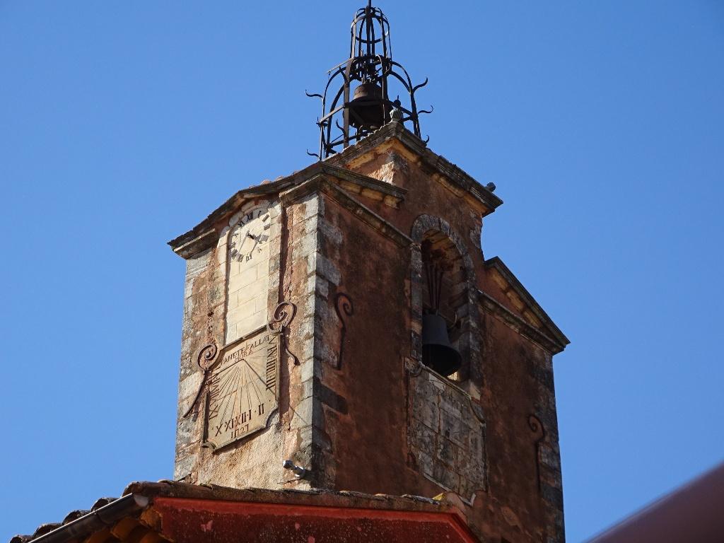 Le clocher de Roussillon