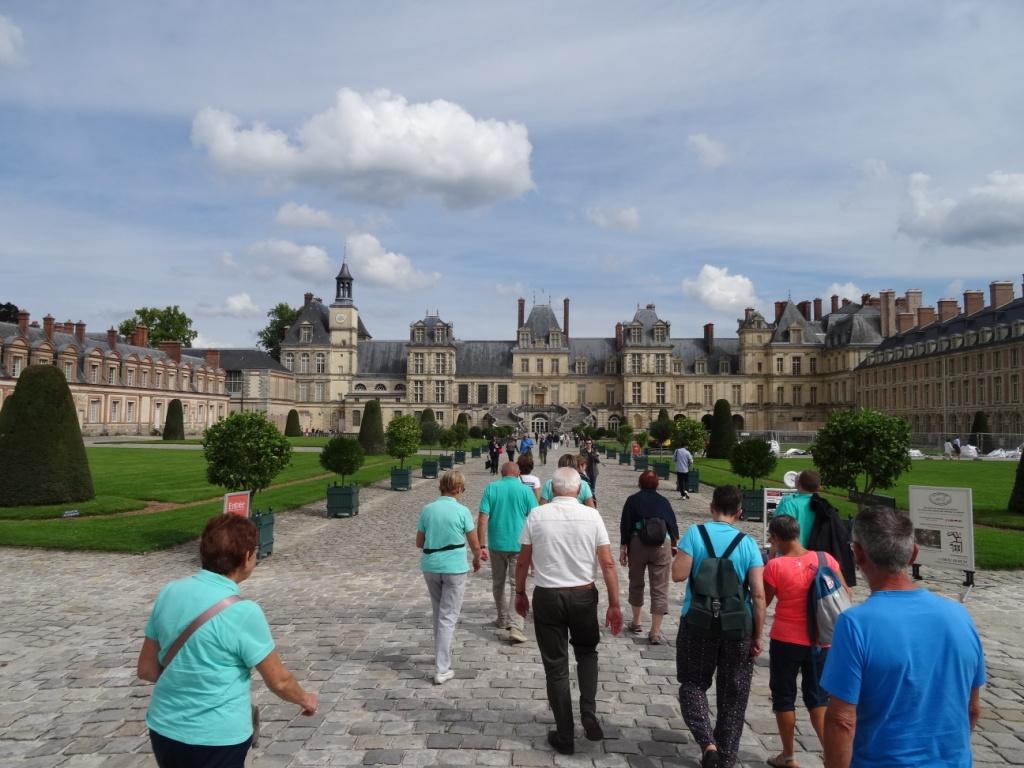 Arrivée au Château