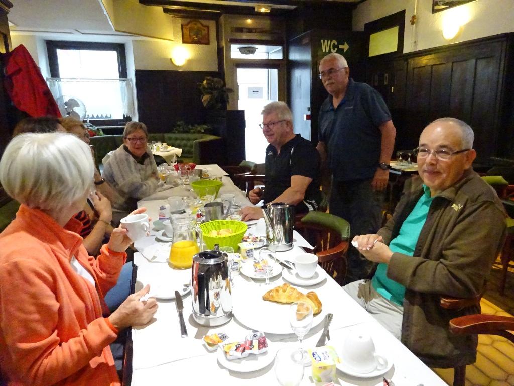 Petit déjeuner à l'hôtel de Colmar