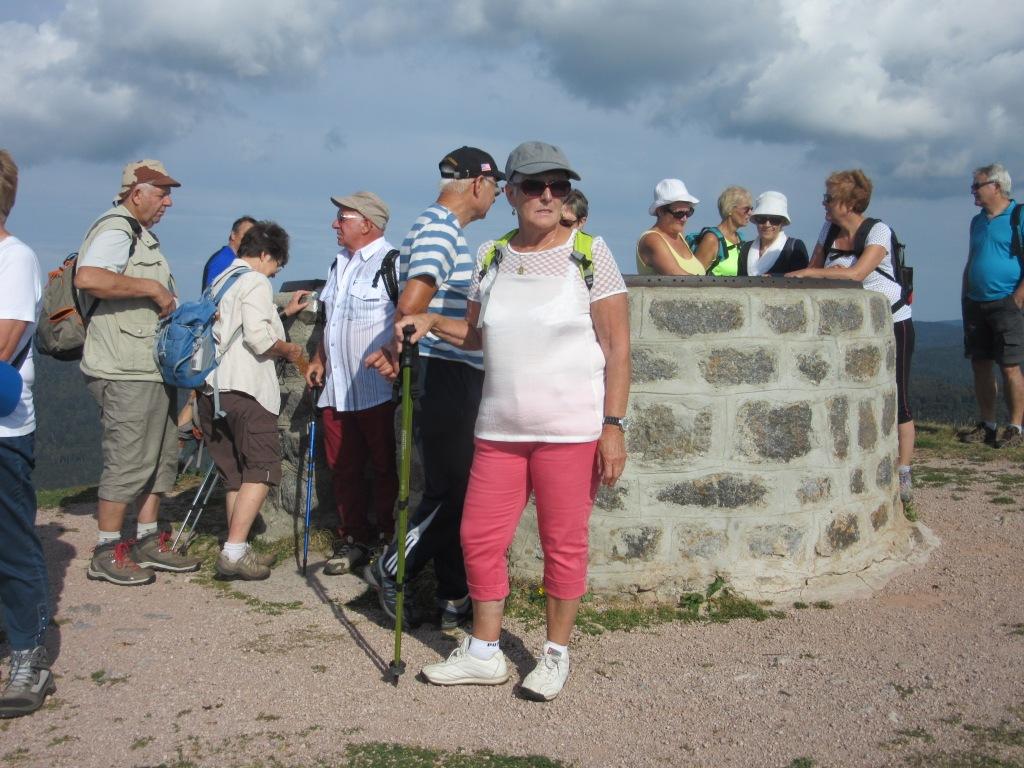 Les touristes au sommet du Drumont