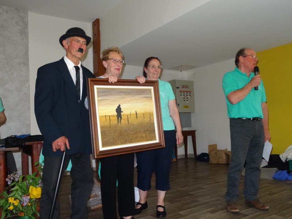 Un tableau de Lucette offert et gagné par un tirage au sort