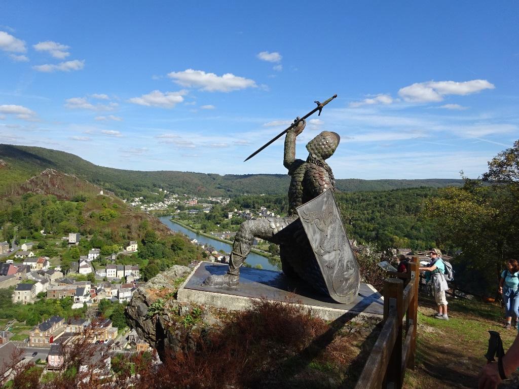 Le Chevalier Ardennor sur les hauts de Bogny