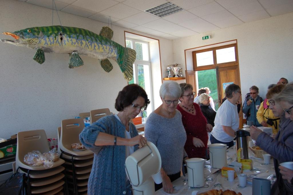 Café et viennoiseries pour les participants