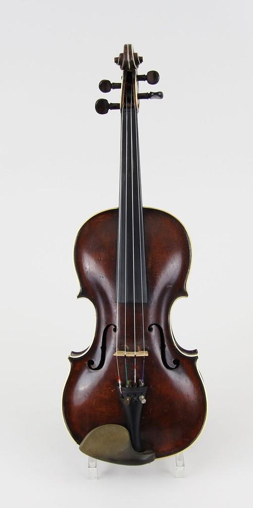 Geige, Johann Gottlob Ficker, Markt-Neukirchen, Erlös 2.700 €