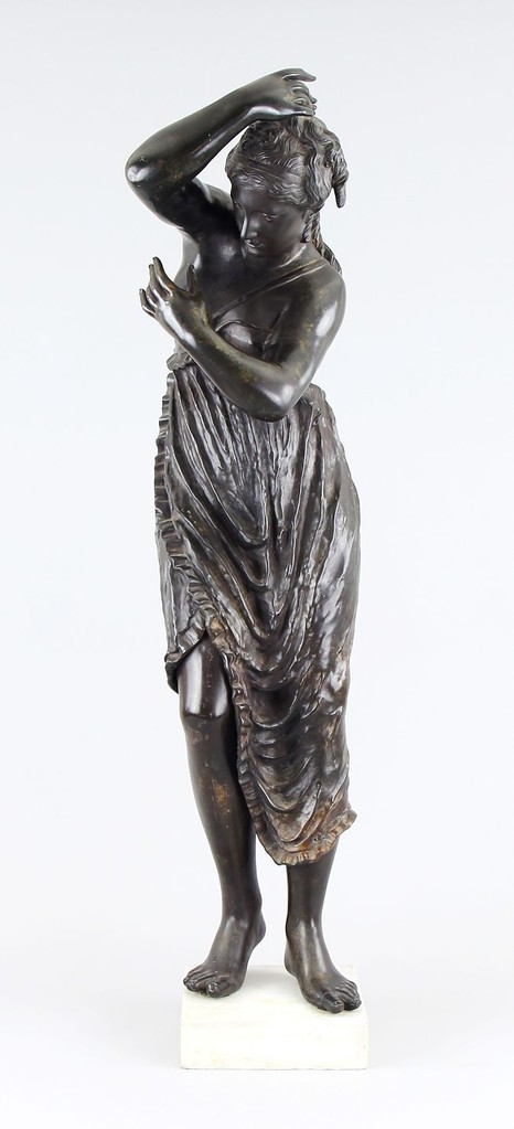 'Vestalin' Italien 18. Jahrhundert, 112cm, Auktionslimit 12.000€