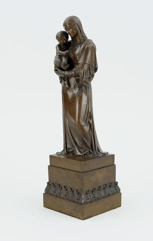 Bronzefigur 'Caritas' unbekannter Bildhauer 19. Jahrhundert, Erlös 1100€