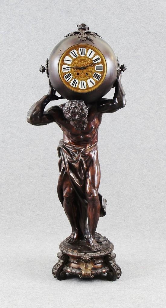 Seltene 'Atlasuhr' Berlin ~1870, 152cm, Erlös 4.100 €