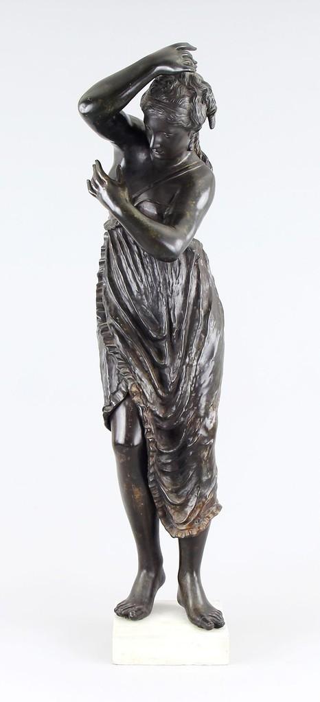 Bronzefigur 'Vestalin' 18. Jahrhundert, 112cm, Aktuelle Auktion Auktionslimit 12.000€