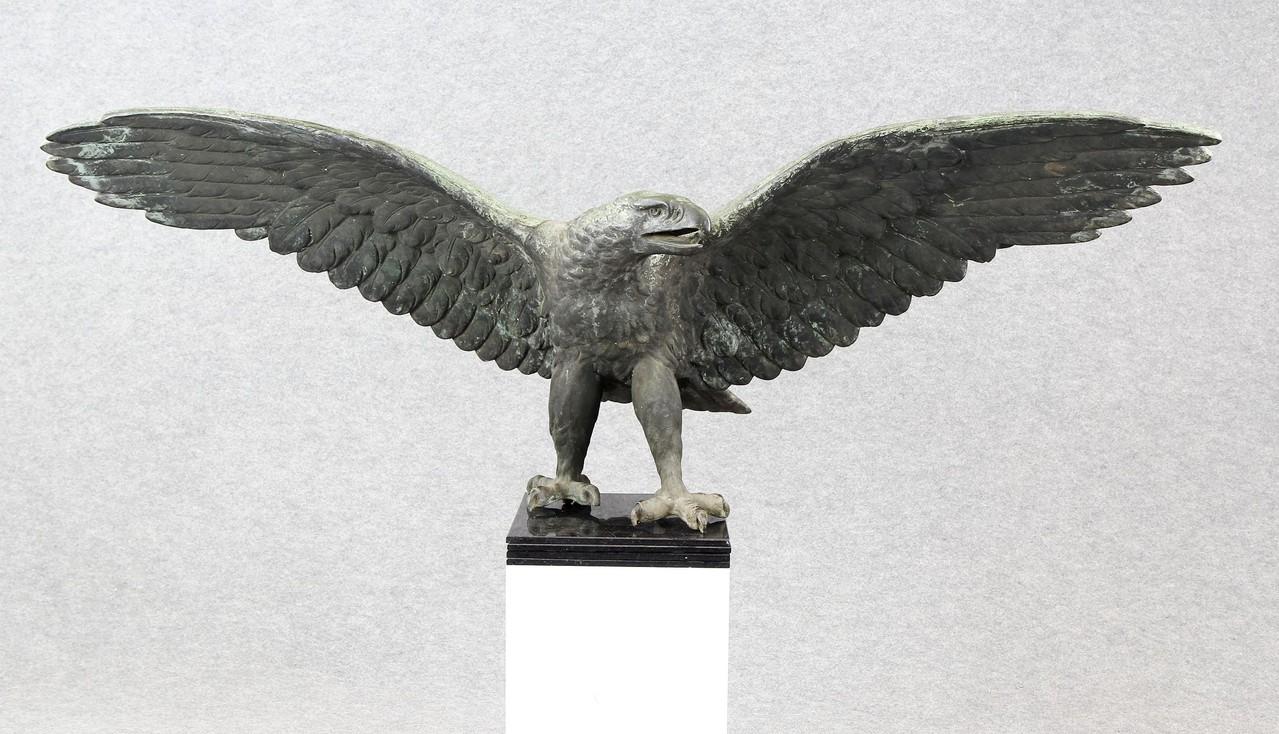 Bronzeadler vom Kriegerdenkmal Moers, 162cm, um 1920, Zuschlag 14.500 €