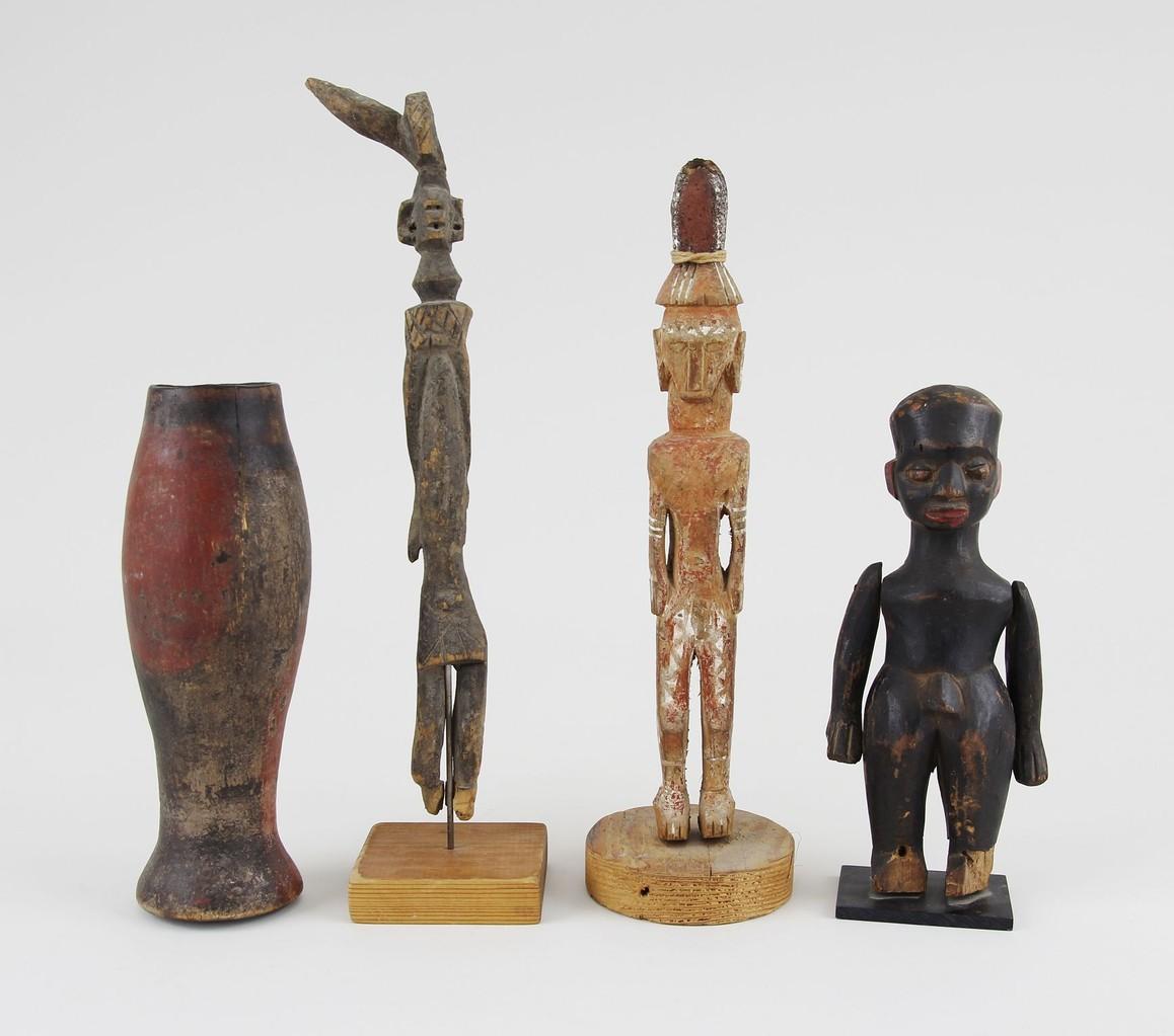 Konvolut Holzfiguren Afrika & Ozeanien, Besitz eines Kolonialoffiziers, Erlös 1.800 €