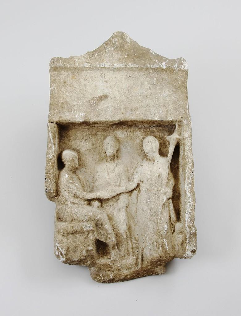 Griechische Grabstele, Marmor, Erlös 5.500 €