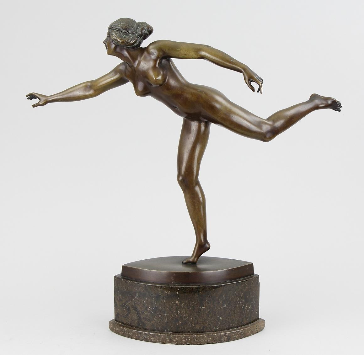 Bronzefigur G.Jaeger, Erlös 2200 €