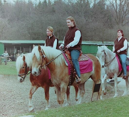 2003 - Quadrille zu Opa Larsson´s 80. Geburtstag / F: K.Czeczota