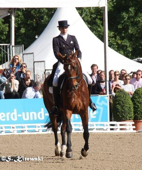 Esther Hartenstein auf Dernier Crie - Platz 8