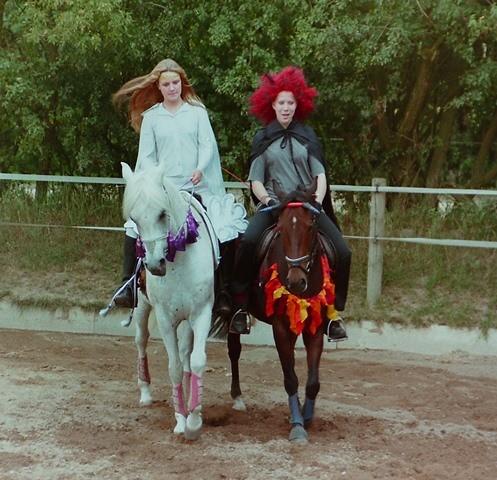 FRT 1999 Hof Larsson, Kostümklasse, Engelchen und Teufelchen