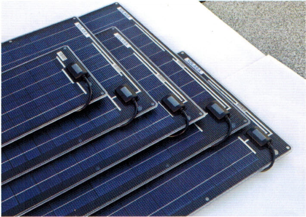 Solara M-Series solar panels are powerful, lightweight and robust. They are glued directly onto the mobile roof.