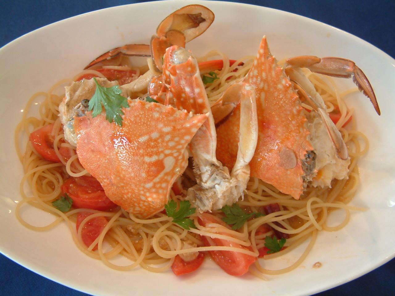 渡り蟹とフレッシュトマトのスパゲッティ¥2200