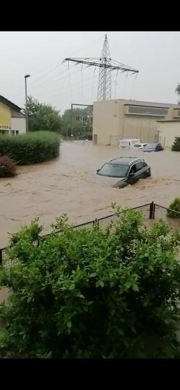 Kleine Hilfe für Flutopfer