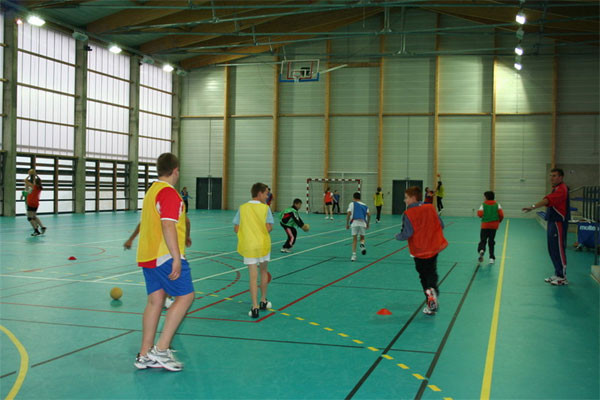 Hall des sports , stage jeunes, multisports, Centre la Margeride, Saugues, Auvergne