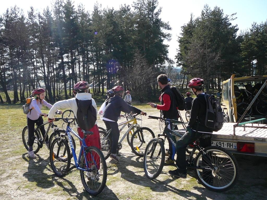 randonnée, initiation VTT, colonies de vacances, La margeride, Saugues, Auvergne