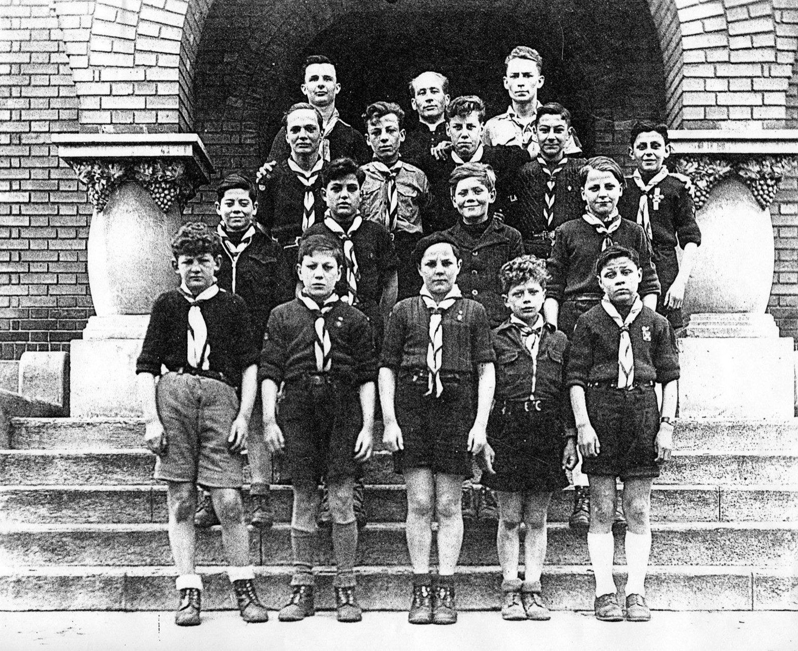 TROUPE SCOUT (1950)