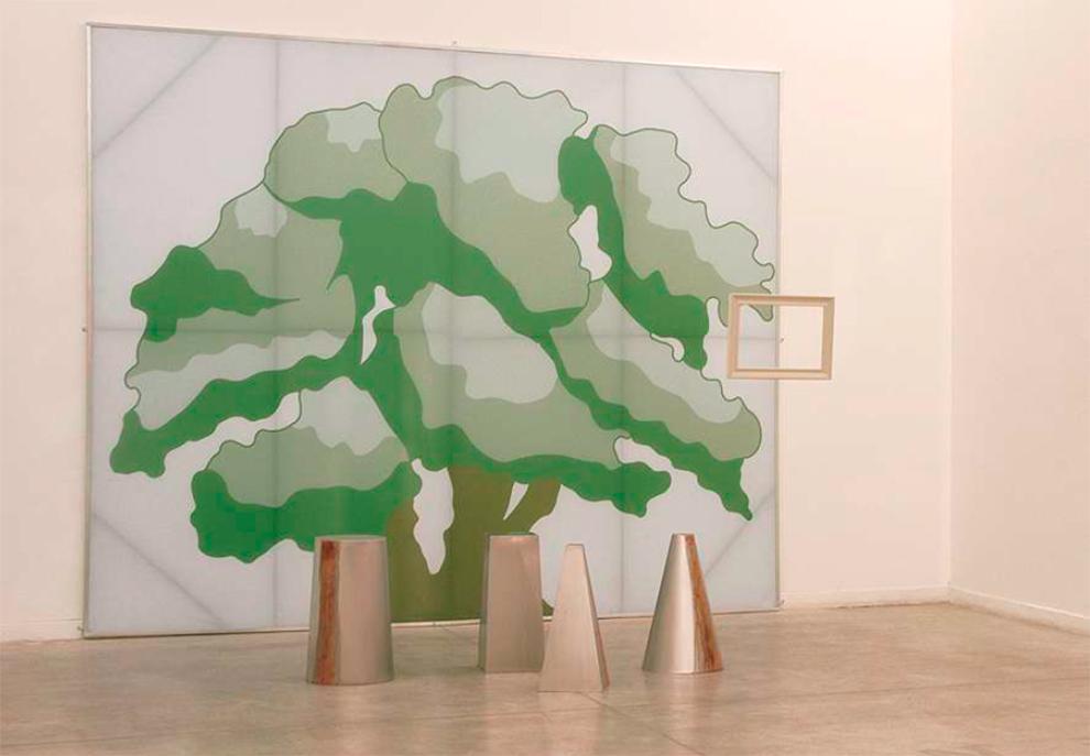 Serie Bajo el agua/Los juegos. S/t. Mural: 370 x 300 cm/ marco: 36 x 27 cm/Esculturas: d. variables Mural gráfico, marco de madera suspendido, esculturas de acero inoxidable tratadas. 2005