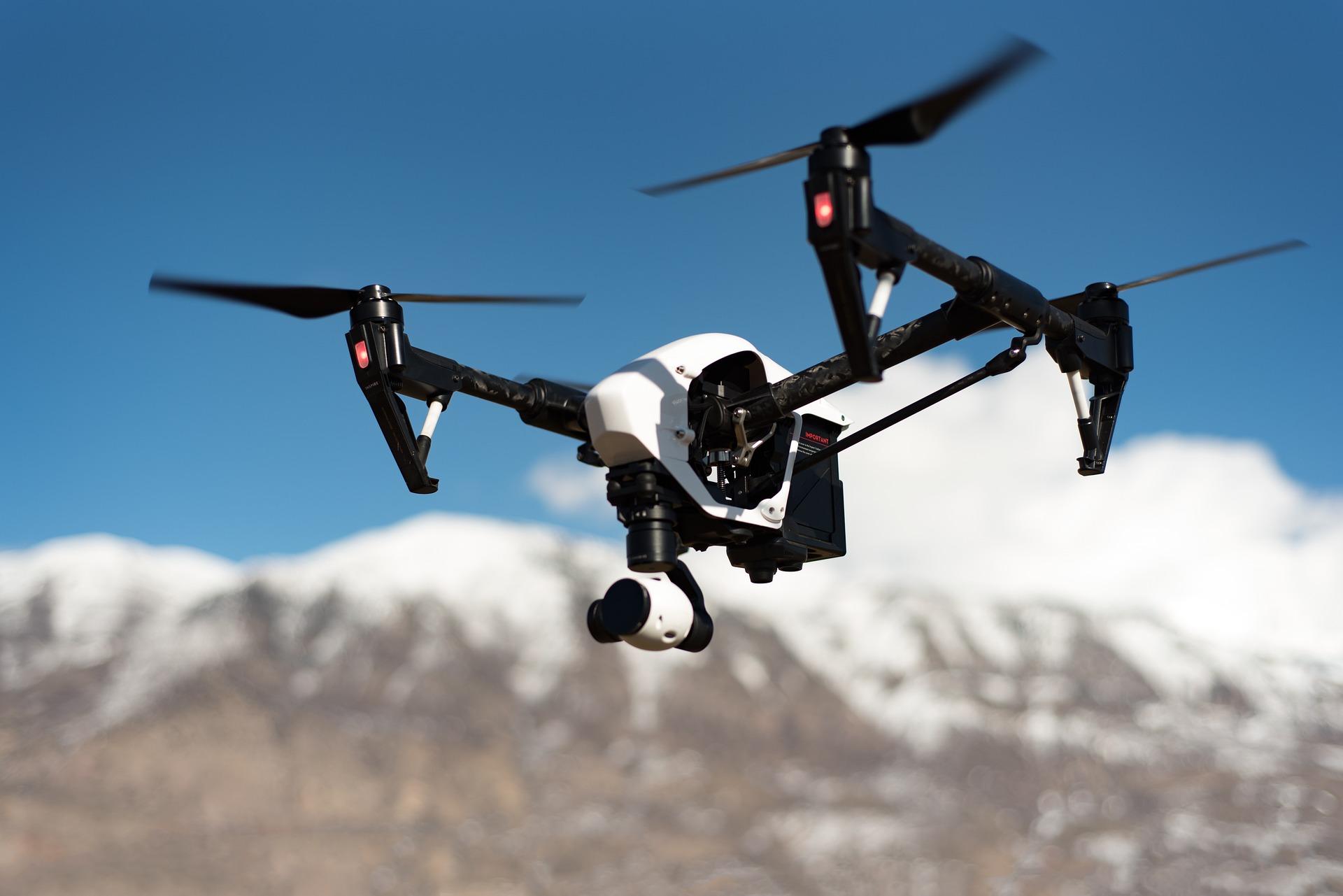 Wir arbeiten mit Drohnenfotografie