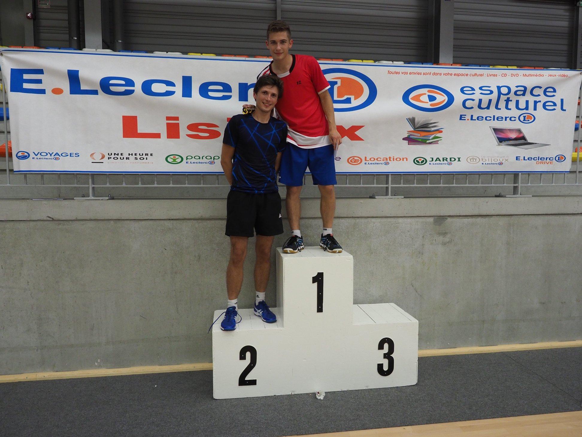 Manu et Ludo, vainqueur et finaliste du simple série 4