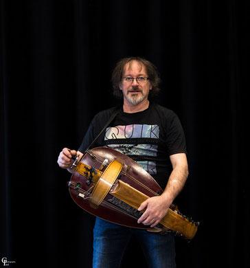 Michel : Vielle à roue et Bouzouki