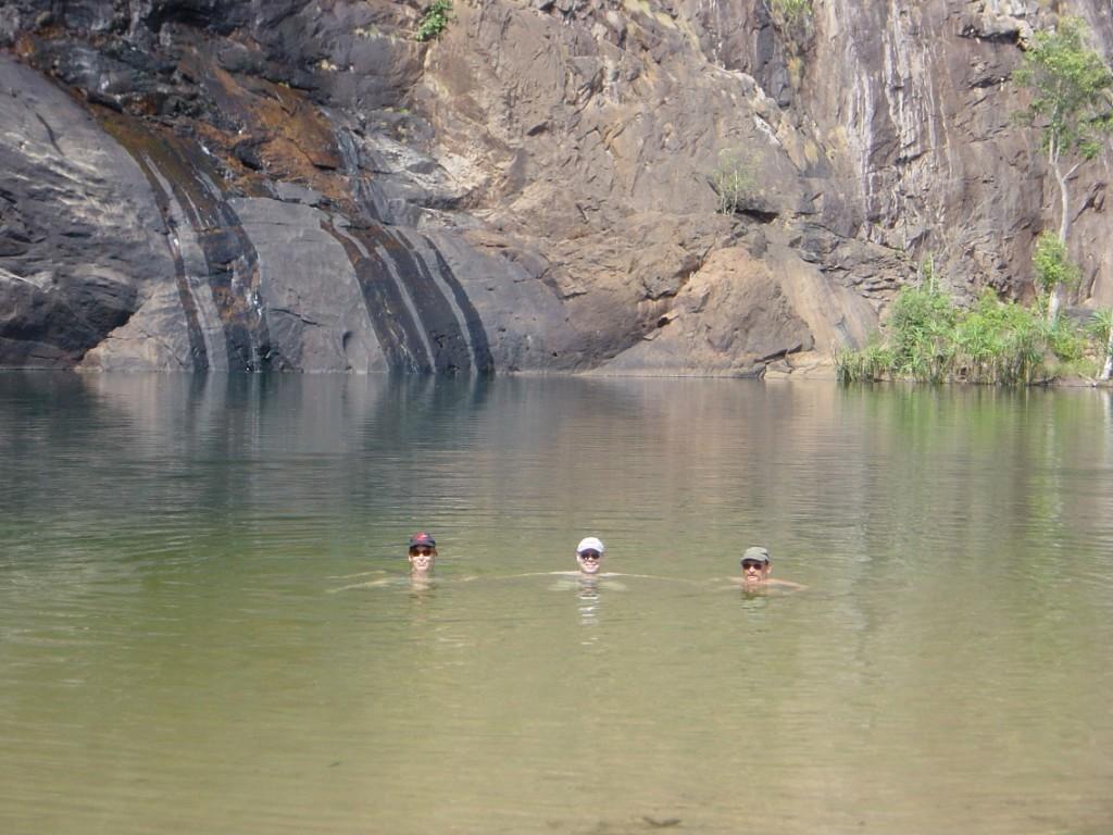 Erfrischung in den Gunlom Falls