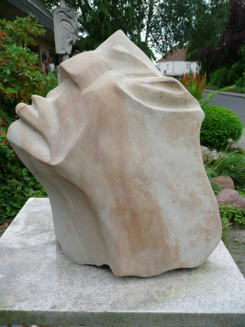 Verzweiflung, Bentheimer Sandstein, H 55cm