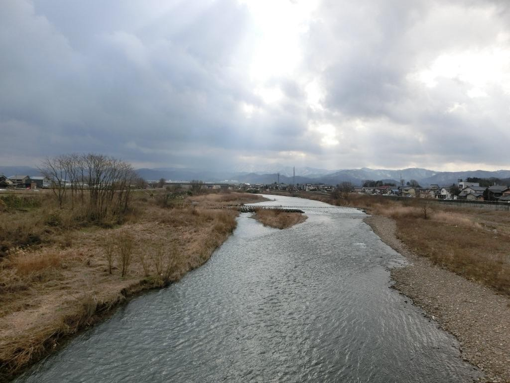 H28.2.9 13時 越前市 日野大橋上流