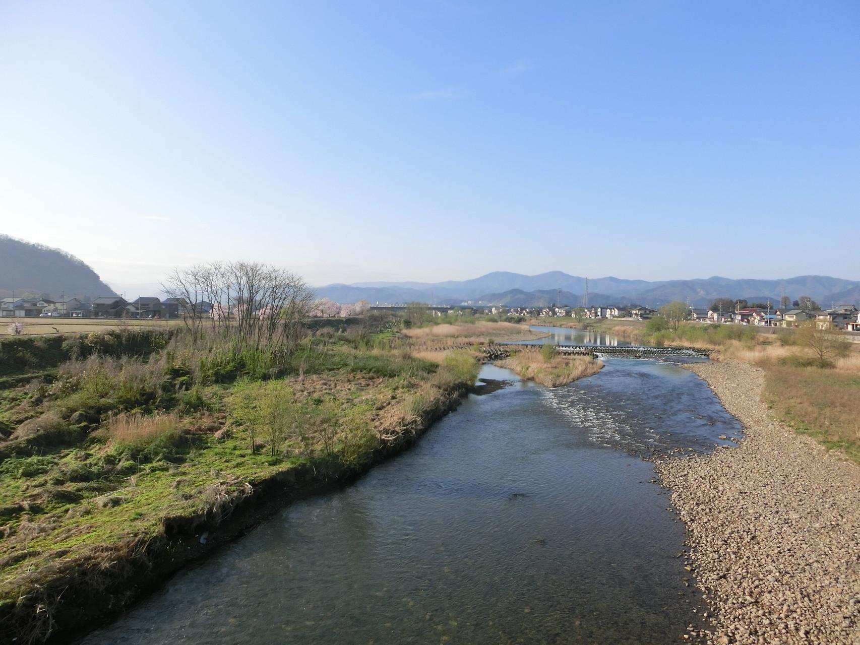 H28.4.2 8時 越前市 日野大橋上流