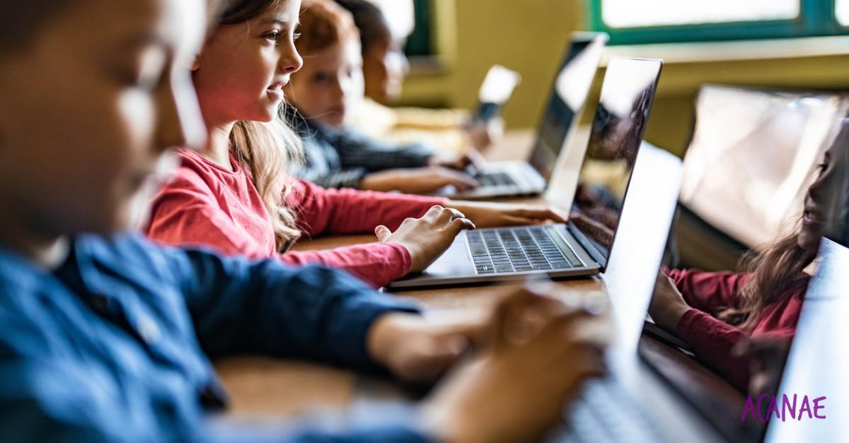 Aprobada la Ley de Protección de la Infancia con medidas enfocadas a entornos digitales